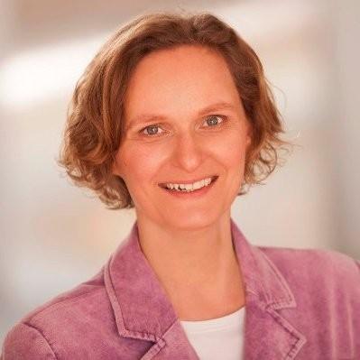 Dr. Ana Kerstin Kreysing