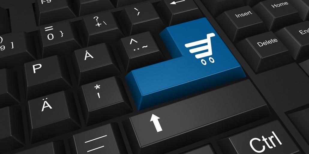 Bild eines Einkaufswagens auf Tastatur